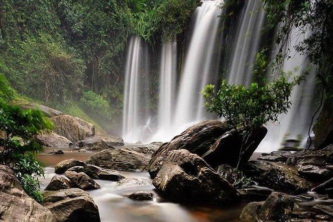 Phnom Koulen Waterfall &1000Lingas Group Tour, Angkor Wat, CAMBOYA