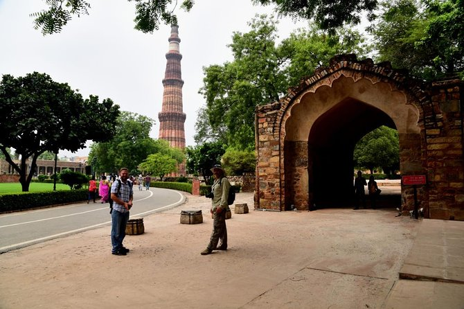Excursión privada de un día por la Vieja y la Nueva Delhi con todo incluido, ,