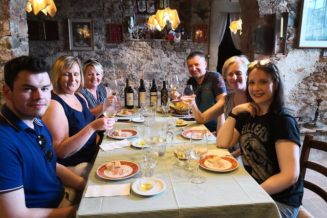 MAIS FOTOS, Private and exclusive wine tour in the beautiful hills of Lucca. Wine tasting.