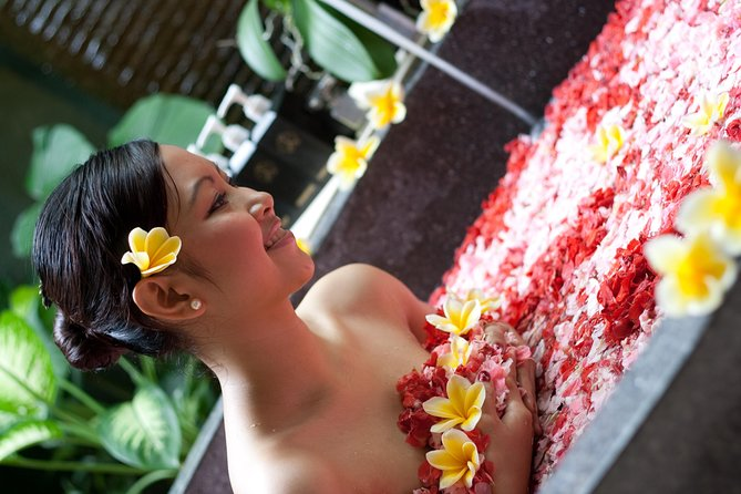 Before leaving Bali, enjoy a 2-hour spa treatment on your way to the airport to ensure you're relaxed before your flight. This package includes hotel pickup for transfer to the spa and transfer from the spa to airport to catch your flight. The spa treatment features a thalasso foot wash, Balinese massage, body scrub, yogurt moisturizer, and flower bath.