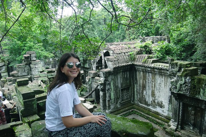 This tour offers our customer the perfect combination of ancient culture, rural life in the countryside, and nature. Ride on hidden trails to the picturesque temple of Beng Mealea, which is situated 60 km from Siem Reap town. On the way you will drive through villages and past rice fields and local farms, where you can experience the daily life.
