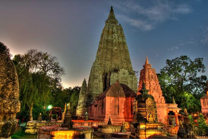 Get a comprehensive tour of Bodhgaya on this 2-day that's perfect for first-time visitors. Spend two days in the company of a guide, learning everything there is to know about one of India's holiest cities - for Buddhists, perched on the banks of the Ganges River. Visit all the must-see attractions and listen to in-depth commentary on the life of Budhha, his birth and the knowledge he wanted to spread out.