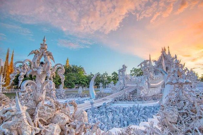 • Admire the beauty of the famous White Temple in Chiang Rai<br> • Visit the Golden Triangle where Myanmar, Laos and Thailand meet<br> • Take a boat trip along the Mekong River and marvel at the natural scenery