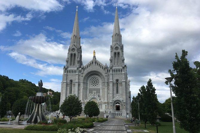 St-anne-de-beaupré Basilica, Falls and Island by Private Car, Quebec, CANADA