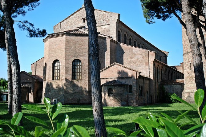 Basilica of Sant'Apollinare in Classe: private tour near Ravenna, Ravenna, Itália