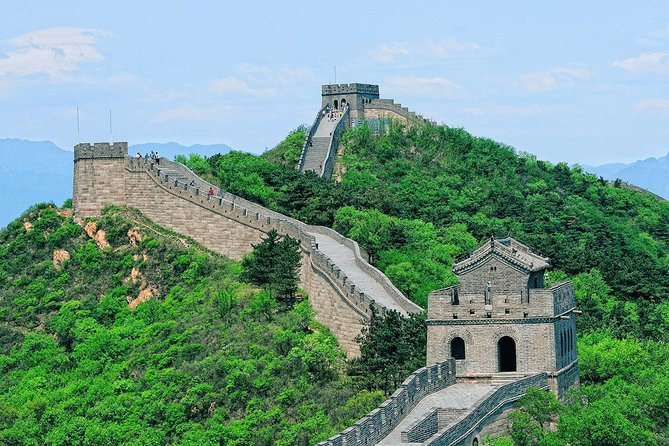 Beat the crowds by purchasing the Badaling Great Wall tickets in advance. Guarantee your entry as the Badaling Great Wall allows only 65,000 visitors a day. <br>Free change and cancellation as long as you send the request before deadline.