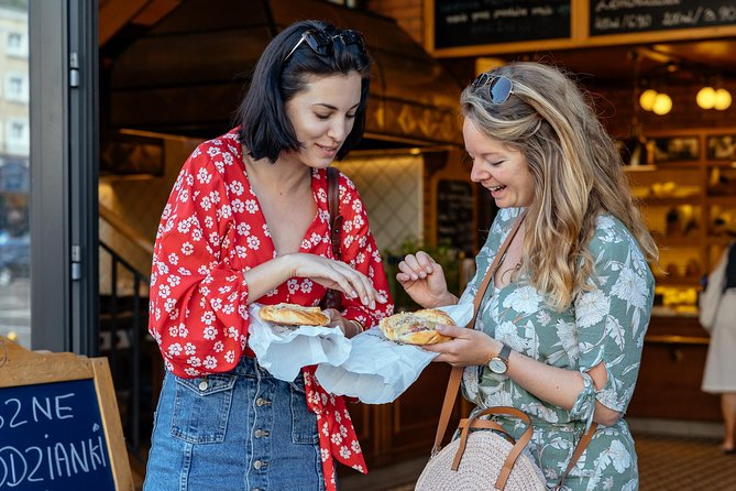 Fall in love with the traditional Polish cuisine on this delicious food tour in Warsaw! From yummy must-tries like the classic Pierogi to unique dishes like Żurek, a beloved soup made from an old recipe; you're in for a treat, so bring your appetite.<br><br>During this culinary tour in Warsaw, you will enjoy authentic local bites ranging from savoury to sweet while also discovering the city and its highlights. Wander around the city center and the historic Old Town, and enjoy your food journey to the max with the help of a local. Visit a super local milk bar, play in Chopin's music benches and go to hole-in-the-wall bakeries where only the locals go. And the cherry on top, do like the locals do and go to a bar covered in old newspapers for a shot of pure vodka. What can be better than that?<br><br>Try Drożdżówka, Zapiekanka, Pączki , potato pancakes that you can dip in sour cream a beer and some more in this private tour so what are you waiting for? Join right now!