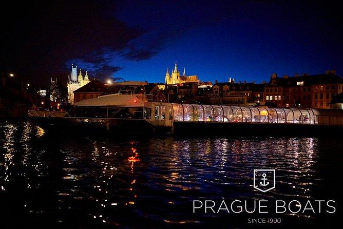 Crucero de 3 horas con cena de Prague Boats, Praga, REPUBLICA CHECA