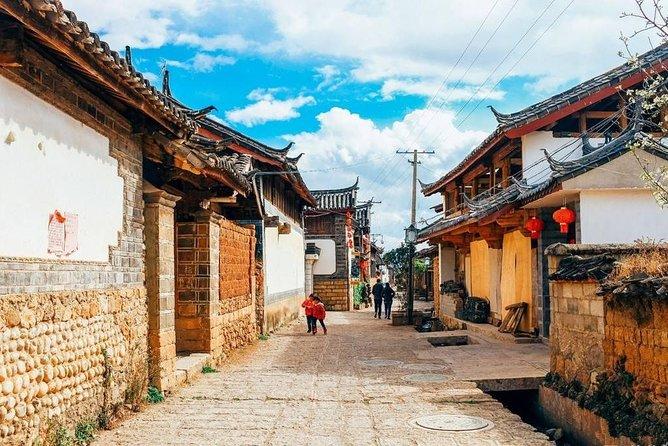 Country Biking tour to lashi lake Lamaism temple baisha village from Lijiang, Lijiang, CHINA