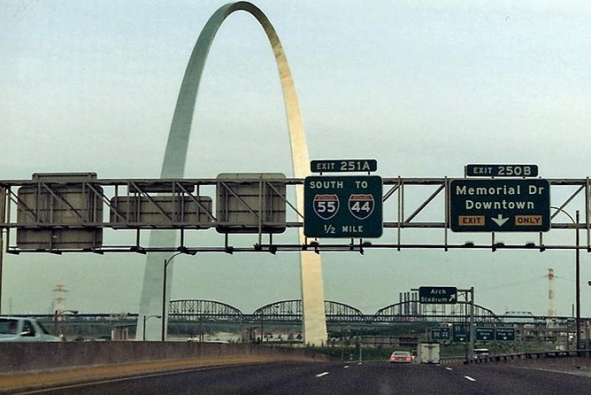This self-guided GPS audio tour brings to life the land, the towns, the people, and history to the places and sights you pass as you travel along Interstate 55 from St. Louis, MO to Springfield, IL. It transforms a monotonous ride into an stimulating, enjoyable, and no longer boring journey.<br><br>A safety note: Always focus on the road, drive safely, and obey all traffic laws. Nothing on this tour requires your immediate or prolonged attention. If something you hear inspires you to explore an attraction further, turn off at the next exit and take local roads to where the attraction is located. Your best view of every attraction is NOT from the Interstate, so do not pull over or slow down because of the tour.<br><br>The audio plays automatically at the right time and place using your phone's GPS and the VoiceMap app.