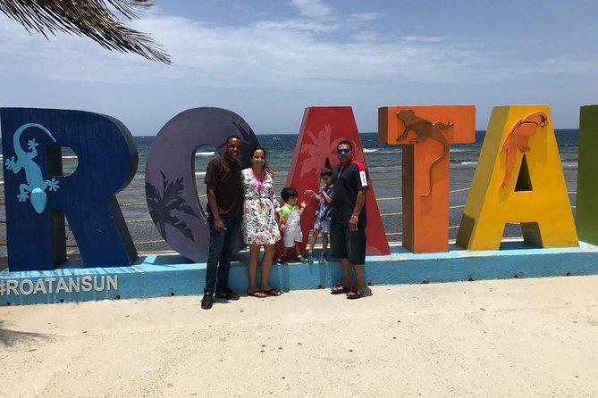 Roatan Island Tour & Daniel Johnson's Monkey and Sloth Hangout Tour, Roatan, HONDURAS