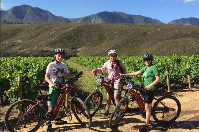 A mtb tour through the breathtaking Hemel en Aarde valley. <br>For those who would like to experience this tour but feel they're lacking in fitness we have Emtb's available.