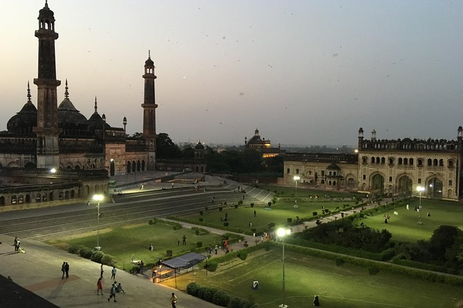 During the mid 18th century, with the Mughals at Delhi in decline, Lucknow gained prominence as the brightest star on the Indian cultural firmament – its rise fueled by the immense wealth of the Avadh and the matching extravagance of its Nawabs!<br><br>This walk takes you through some of Old Lucknow's most stupendous buildings, reveling in the stories of their makers. A short Tonga ride (horse-drawn carriage) will take you into the heart of this epicenter of culture. We explore across its bustling medieval markets, tasting sumptuous delicacies of its refined cuisine and interact with the carriers of the city's suave mannerisms, whose friendly vibes will make you fall in love with this romantic city.