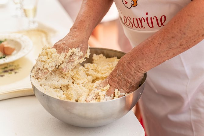 Share your Pasta Love: Small group Pasta and Tiramisu class in Assisi, Assisi, ITALIA