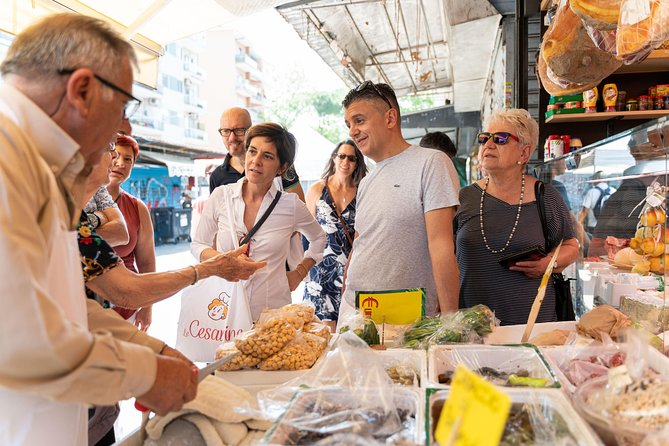 Small-group Street food tour in Fasano, Alberobello y Locorotondo, ITALIA