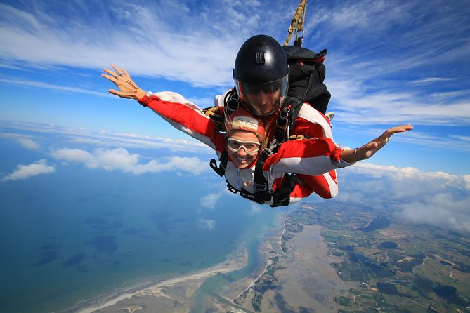 MÁS FOTOS, 13,000ft Skydive over Abel Tasman with NZ's Most Epic Scenery