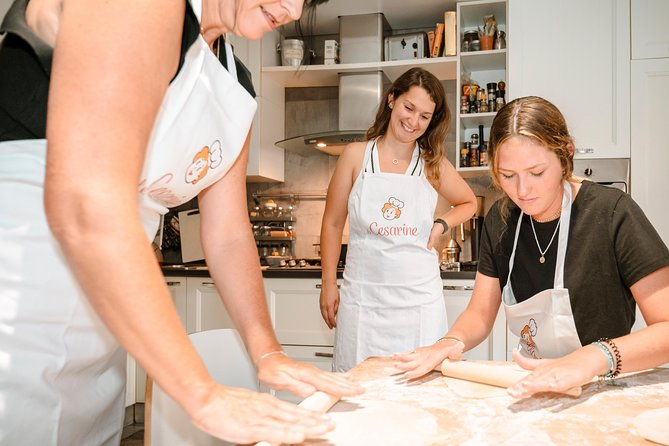 Private Pasta & Tiramisu Class at a Cesarina's home with tasting in Vicenza, Vicenza, Itália