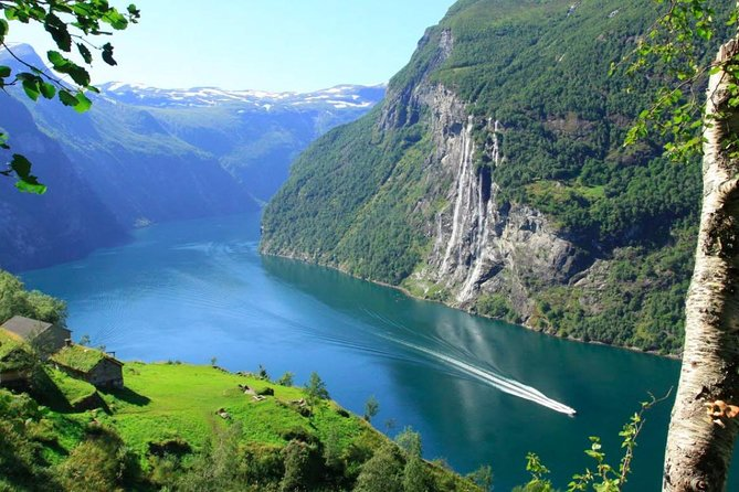 If you want to see the real Norway then this cruise allows you to see one of the most beautiful stretches of water anywhere in the world. Combining a cruise and free time in a stunning small village this is a great half day trip.