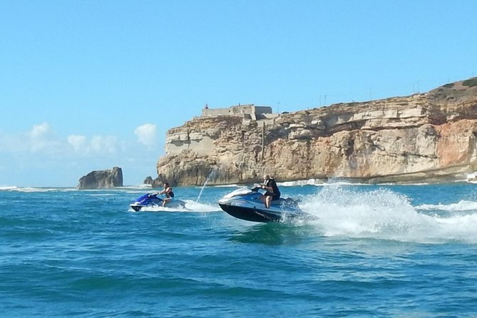 The Bay of Nazaré offers you a nice place to enjoy the freedom and adrenaline of driving a Jet Ski in the ocean <br><br>come have fun with Atlantic Safaris<br><br>price per Jet Ski<br>Maximum 2 people by Jet Ski