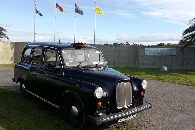 Deco City Black Cab Tours and Shuttles, Napier, New Zealand