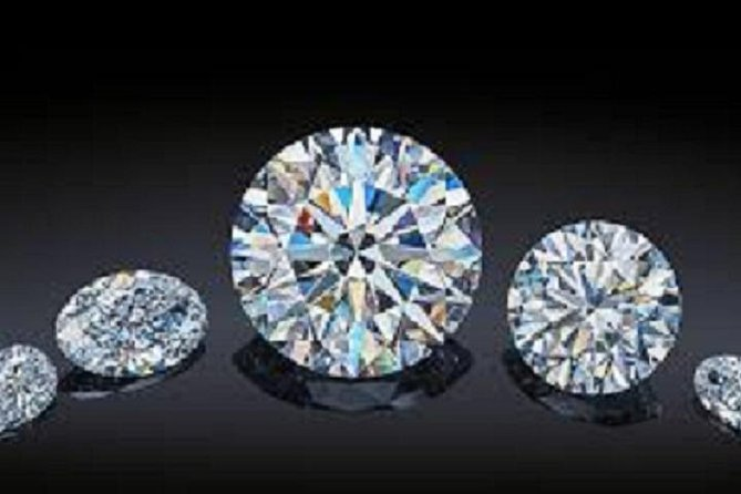 This private tour is for the serious and astute shopper for South Africa Diamonds. You will be taken to a series of dealers to view, negotiate and purchase diamonds. You are under no commitment to buy and there will be time at the end of the day to return to any of the dealers previously visited. As this is a private tour and you have satisfied your purchasing requirements we may use to time to visit any other Cape Town attractions. It is up to you!