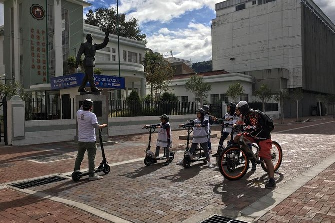 Electric Experience Tour Quito Colonial By Navel Expeditions, Quito, ECUADOR