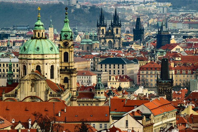 Private Scenic Transfer from Salzburg to Prague with 4h of Sightseeing, Salzburgo, AUSTRIA