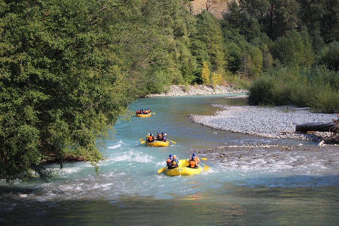 A fun, splashy half day journey down the Cheakamus River! Bounce through class 2 rapids and float gently downstream and enjoy the beautiful setting of the aptly named Paradise Valley. Enjoy a tasty picnic lunch and don't leave anyone behind- it's an adventure for the whole family!