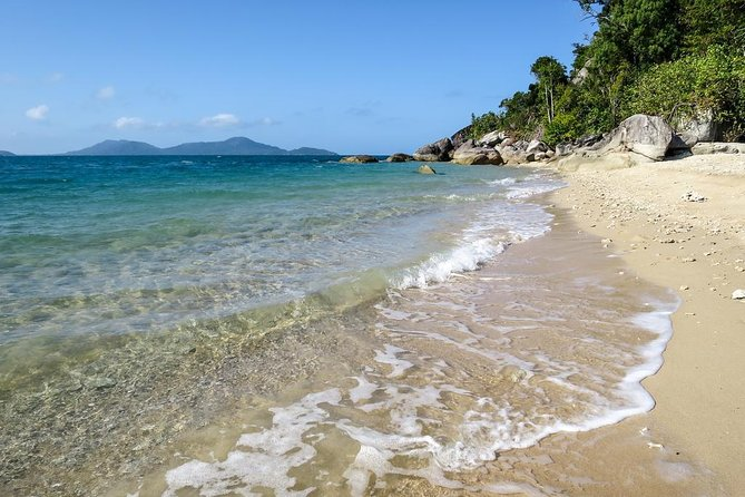 Mission Beach to/from Cairns (one way transfer), ,