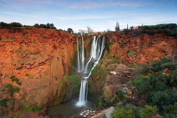 Pickup and drop-off at your riad or hotel<br>These waterfalls, considered among the highest and most beautiful in Morocco<br>Beautiful landscapes<br>berber village