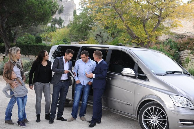 Why spend your time waiting in long shuttle or taxi lines. <br>Avoid the language barrier and currency exchange and Travel in style from your Airport -Hote-Riad in Chefchaouen to Fez - Hotel-Riad by private vehicle & professional driver to reach your final destination.