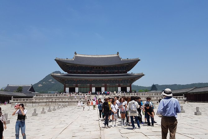 Get an excellent overview of Seoul on this full-day sightseeing tour of the city's top attractions. With a guide, you'll visit Jogyesa Temple, Gyeongbokgung Palace, the National Folk Museum, N Seoul Tower and Namsangol Hanok Village; watch the changing of the guard at Gwanghwamun Gate; and drive by the Blue House (Cheongwadae). Enjoy a Korean lunch in Insadong, and stop at a ginseng center and amethyst factory. You'll gain an understanding of Korea's culture and history as you explore the highlights of this bustling capital city.
