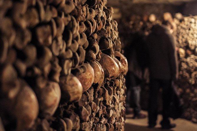 Visita con acceso especial a las catacumbas de París, Paris, FRANCIA
