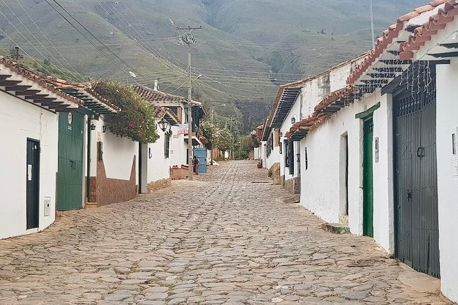 You'll be visiting over 15 locations and learning about the complete Colombian culture dating back centuries before the arrival of the Spanish. <br>You'll be visiting 400-year-old towns, underground salt cathedrals, hidden lakes once full of gold, the cultural hubs of Bogotá, the oldest neighborhood of Bogota, the highest lookouts, amazing views, amazing scenery and SO MUCH MORE!!!