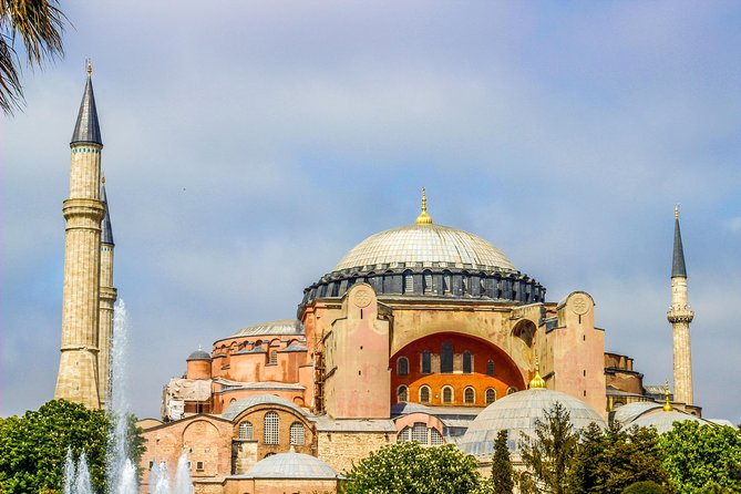 7-Day Turkey Classics Tour from Istanbul: Gallipoli, Troy, Ephesus, Pamukkale, Cappadocia and Ankara, Istanbul, Turkey