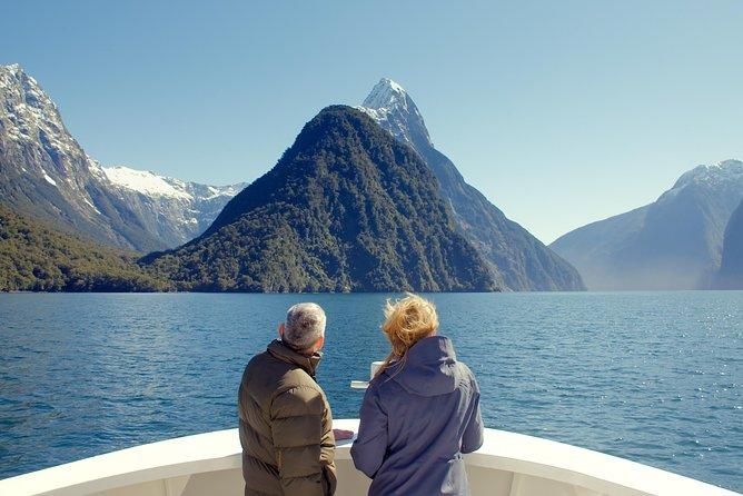 Cruise Milford NZ Small Boutique Cruise Experience, Fiordland y Milford Sound, NUEVA ZELANDIA