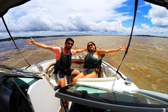 A taste of the Amazon, pink dolphins and much more! Small groups -10 guests max., Manaus, BRASIL