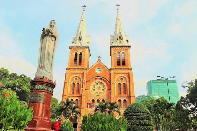 Half-Day Tour in Ho Chi Minh with Lunch, Ho Chi Minh, VIETNAM