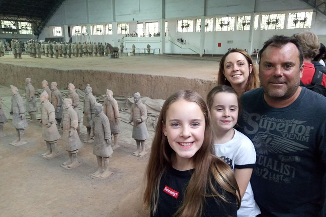 This private tour offer you the most efficient way to explore Xi'an's top attractions! A friendly local guide accompanies you on a full-day trip to see the UNESCO World Heritage site of the terracotta warriors, climb the Xi'an Wall for views over the city, and marvel at the Islamic-inspired architecture in the Muslim Quarter. Enjoy regional specialties for dinner to make your full-day tour complete! Hotel pick up and drop-off in Chengdu are included.