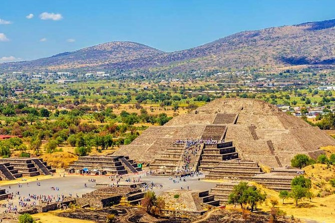Teotihuacan, Shrine of Guadalupe & Tlatelolco All-Inclusive Tour, Ciudad de Mexico, MEXICO