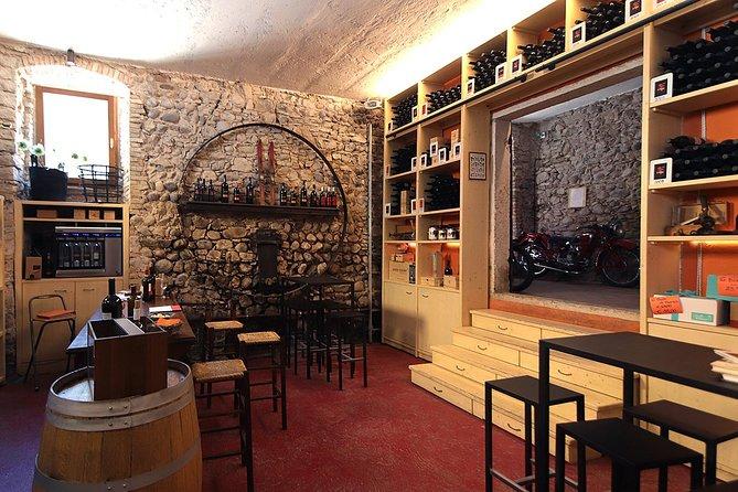 Wine Tasting in a Aging Cellar among medieval walls, Lago de Garda, ITALIA