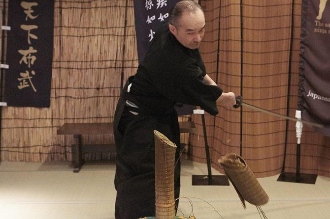 Your childhood dream now comes true. Wear a hakama or samurai armor (only available at the samurai and ninja museum) and use a real samurai sword to cut tatami mats. This centuries-old samurai practice is called Tameshigiri. It was born as a form of martial arts since the samurai always had to train to perfect their skills especially during the time of peace. Test cutting is used to check both the quality of a samurai sword and also the sophistication of the sword using skills of the samurai. There are many different materials to test the quality of cuts including thin steel, rice straws and tatami mats. In this experience you will use a material shown in the picture (tatami mats made out of bamboo).<br><br>Minimum age 15 (There is no height requirement for those older than 18 years of age. If you age between 15~18, you must be at least 150 cm tall to participate in this experience and parental supervision is necessary.)<br><br>