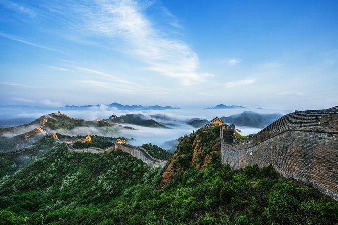 Jinshanling Great wall is the best place for hiking at Great wall<br>Departure: Daily<br>Duration: Approx.8 hours<br>Pick-up point and time: Your Hotel between 5:40am and 7:30am<br>Finishing point and time: subway station around 18:30pm<br>Picking up area: within 2nd ring of Beijing city, if your hotel is over the range we advise you to take a taxi /Metro to McDonalds restaurant nearby exit C of Dongzhi Men Subway Station at 7:40am but you need to pay the taxi/metro on own.<br>Language: English<br>