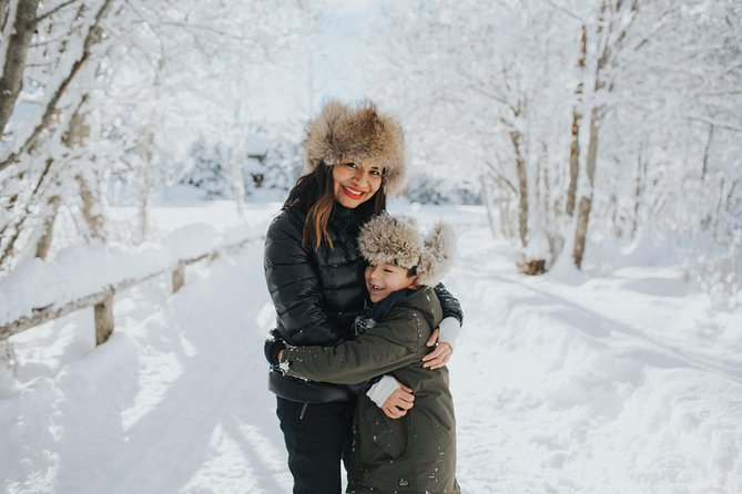 30 Minute Private Vacation Photography Session with Photographer in Whistler, Whistler, CANADA