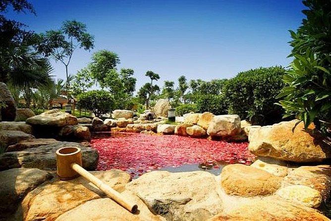 Private Transfer between Riyue Gu Hotspring Resort and Xiamen City, Xiamen, CHINA