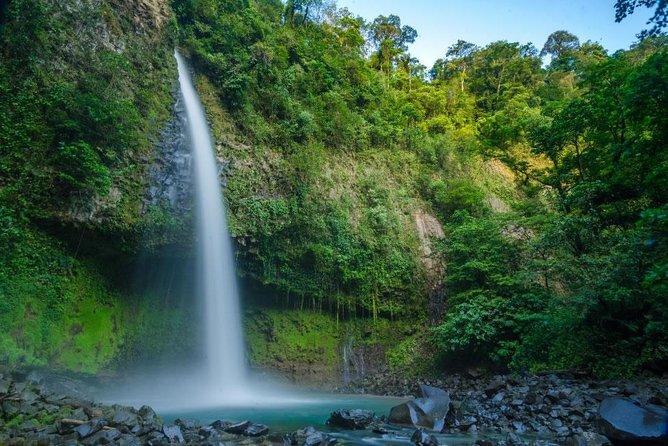 La Fortuna one day: Volcano + Waterfall + Hanging Bridges, ,