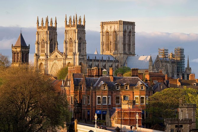 Romans, Vikings and Medieval Marvels Walking Audio Tour by VoiceMap, York, INGLATERRA