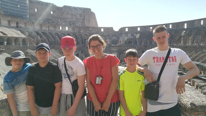 Discover and learn about Ancient Rome on this 3-hour private tour around these famous landmarks: the Colosseum, Roman Forum and Palatine Hill with me, Alessandra. In each place you'll learn of its history and hear century-old stories, myths and legends to give you further insight into life in the ancient city. Avoid the queues and enter the sites with fast-track tickets so you can make the most of your time.<br>The tour begins in the immense amphitheatre, the Colosseum, where you'll explore the various levels of the arena. As you walk around, imagine the atmosphere and noise of thousands of spectators during gladiatorial fights and public shows. <br>Continue to the archaeological site of the Roman Forum where you can admire the ruins of temples, buildings, arches and more as you explore the city's ancient center. From here you'll head to Palatine Hill, one of the iconic seven hills of Rome, where the city was founded, as legend states, and where the homes of Roman emperors were located.