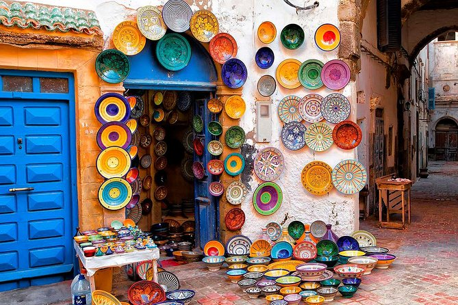 You will be touring the city of Tangier and its surroundings in the northern part of Morocco. Visit Kasbah district next to the port, old Medina with its craftsmanship shops, magnificent Minaret, cape Spartel and Hercules caves.