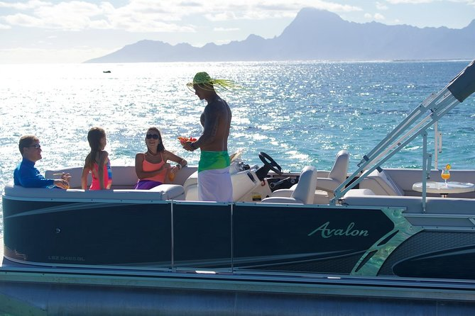 You will enjoy snorkeling & lagoon tour onboard a private boat exclusively with taylored and unique services. A guide will have the pleasure to serve you and telling you polynesian stories. You will go on specials spots to snork with rays and sharks far from the crowed of tourist.
